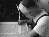 Einblicke in das Schreiben von heiligen Texten