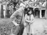 Danielle Spera und Georg Gaugusch unterwegs auf dem Wiener Zentralfriedhof